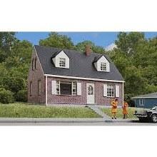 HO Scale Brick Cape Cod House Plastic Kit - 9333774