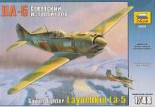 1:48 Scale Soviet Fighter Lavochkin La-5 - ZV4803