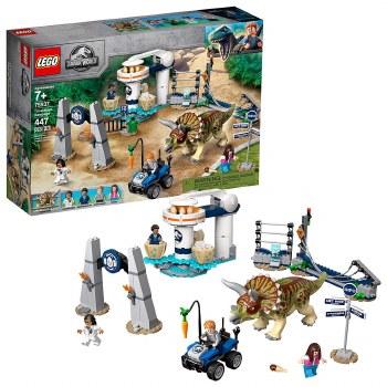 Lego Jurassic Triceratops Rampage 75937
