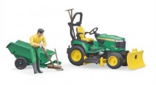 Bruder John Deere Lawn Tractor With Trailer And Figure 09824