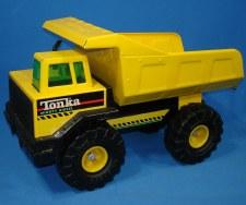 Tonka Steel Classics Dump Truck New