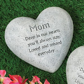"6"" Heart Memorial Stone- Mom"