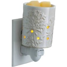 Pluggable Fragrance Warmer- African Lily