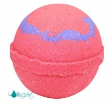 4.5 oz Bath Bomb- Kiss Me
