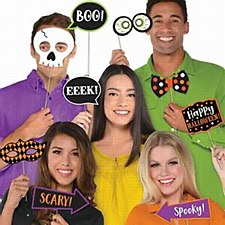 13 Halloween Photo Props