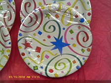 """9"""" Party Streamers Plates"""