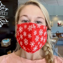 Accessories Now Red Snowflake Mask