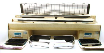 67 68 Camaro NOS Rally Sport Front Grille Kit  All Original NOS GM