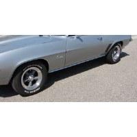67 68 69  Camaro Rocker Spear Molding w/Brackets GM# 3904540 Import