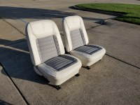 1968 1968 Deluxe Interior White & Black Houndstooth Front & Rear Seats With New Covers