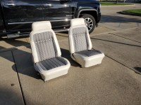 1969 1969 Deluxe Interior White & Black Houndstooth Front & Rear Seats With New Covers