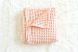 Honeycomb Blanket Pale Peach
