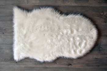Rugs - Sheepskin Pelt - White Small