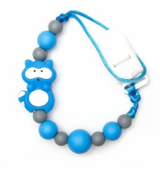Nini & Loli Find - Paci Holder - Racoon Blue