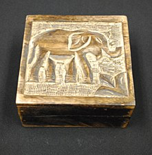 "5x5"" Mango Wood Elephant Box"