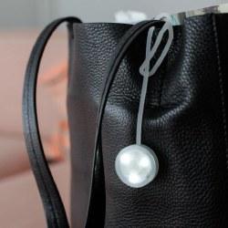 Kikkerland Silicone Bag Light