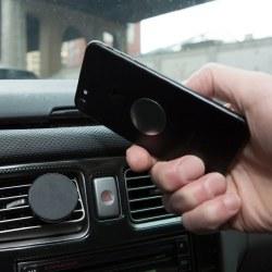 Kikkerland Magnetic Car Vent Phone Mount