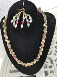 Marguerite Briggs - Multicoloured Pearl & Gold Jewellery Set