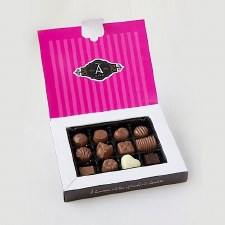 A Chocolate Loves Chocolate Box