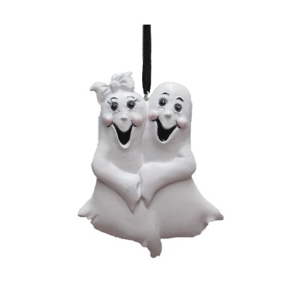 GHOST COUPLE