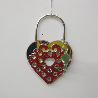RED HEART WITH KEY