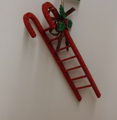OODEN CANDY CANE LADDER