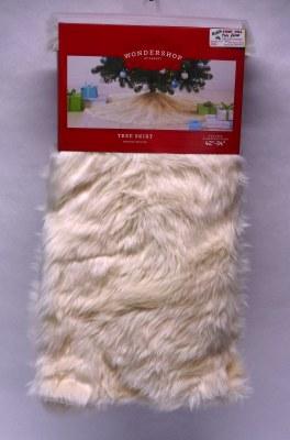 "48""  WHITE FAUX FUR TREE SKIRT"