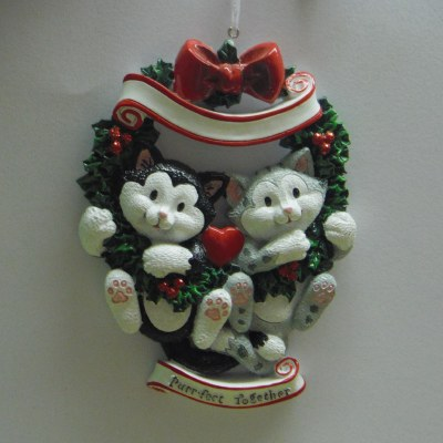 """""""PURR-FECT TOGETHER"""" CATS IN A WREATH"""