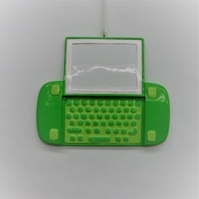 TEXTING GREEN PHONE