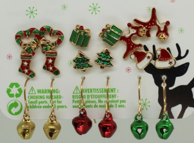 9 SETS OF CHRISTMAS EARING