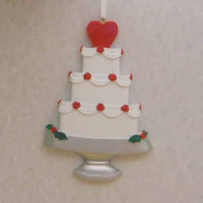 THREE LAYER CAKE WITH HEARTS