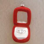 RED GLASS RING BOX