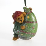 BOYDS BEAR ON TREE
