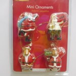 4 PACK SANTA MINI ORNAMENTS