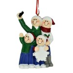 FAMILY OF 4 TAKING A SELFIE