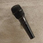 BLACK MICROPHONE MAGNET