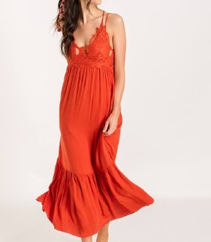 Lace Tiered Maxi Dress