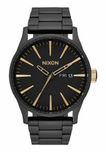 NIXON Sentry Stainless Steel 42mm in Matte Black/Goldtone