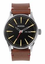NIXON Sentry Leather 42mm in Black/Brown