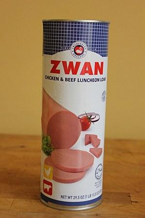 Zwan Chicken and Beef Luncheon Loaf 29.5oz