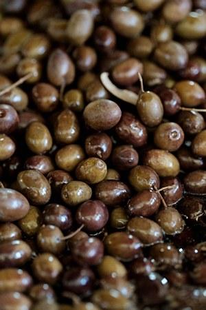 Black Lebanese Olives 1 lb