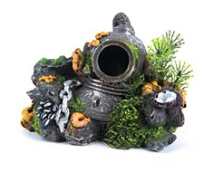 Kazoo Fish Tank Ornament Divers Helmet with Plants Small