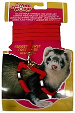 Living World Harness and Lead Set for Ferrets Red
