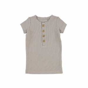 CENTER BUTTON TEE