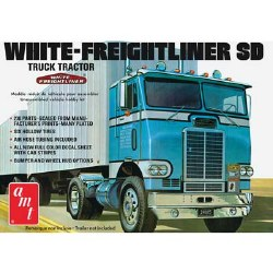 1/25 White Freightliner Single Drive Tractor Model Kit