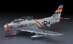 1/48 F-86F-30 Sabre 'Blue Impulse Early Scheme'  Plastic Model Kit