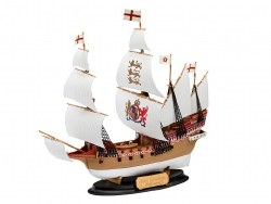 1/350 HMS Revenge (EZ Click) Plastic Model Kit