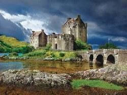 Eilean Donan Castle Scotland 750 pc