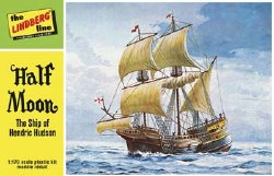 1/170 Half Moon Sailing Ship Model Kit