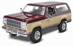 1/24 1980 Dodge Ramcharger SUV Truck Plastic Model Kit